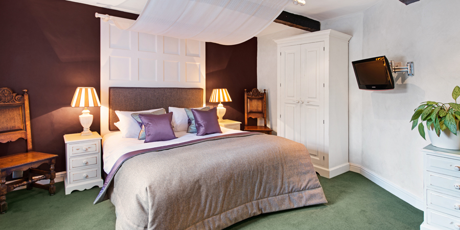 Divinely Cosy Rooms
